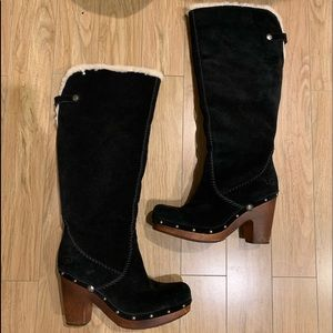 Used black tall UGG boots size 9 in good condition